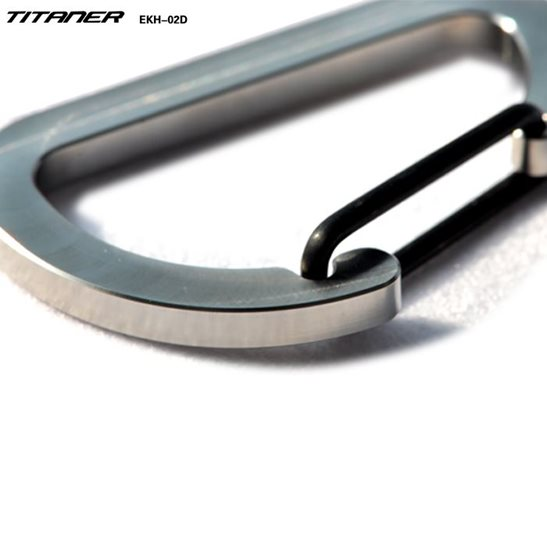additional image for Titanium Carabiner Clip - Large