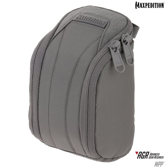 additional image for Medium Padded Pouch